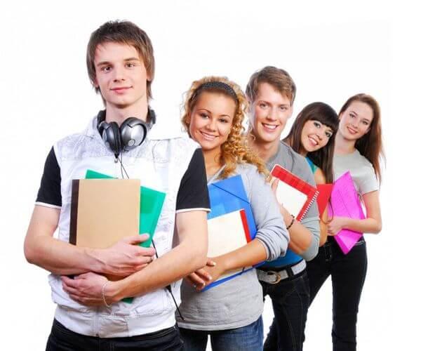 студентам не отказывают в займах